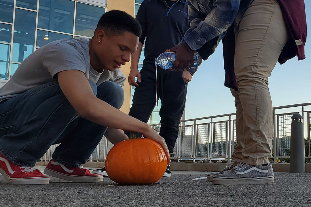 CITY students perform the pumpkin experiment