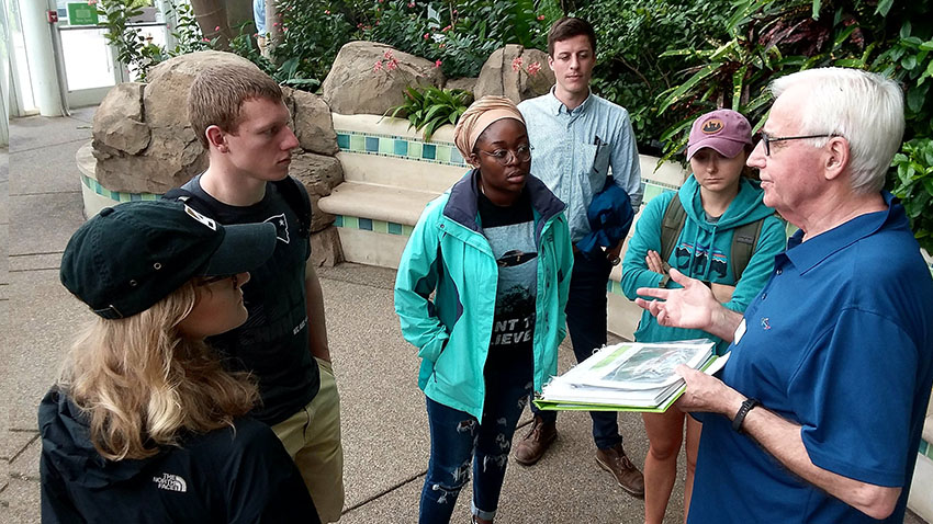 Study Away students visit Phipps Conservatory in Pittsburgh